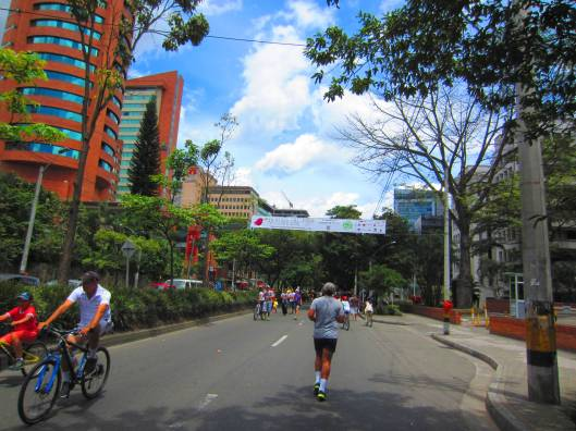 Joggers on Avenida Poblado