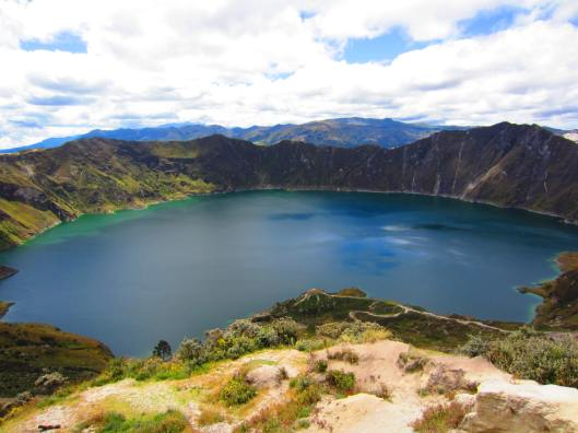 Lago Quilotoa - An extinct Volcano