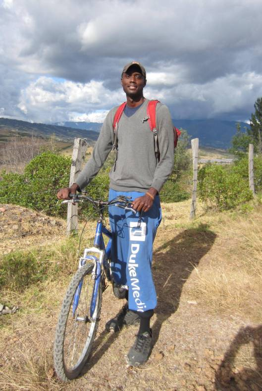 Kwame: fashion conscious for cycling in his Duke sweat pants ;-)